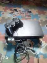 Clean PlayStation 2 with 6 games, pad, mc and software