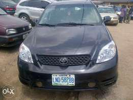 Neat Toyota matrix for sale