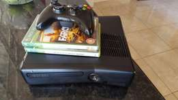 Xbox 360 4GB. In very good condition