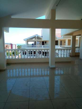 Fire Sale! Mordern 3 Bedroom Flat For Sale In North Coast, New Nyali. Nyali - image 6
