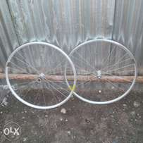 full MaviC 700 C double wall rims almost new paired
