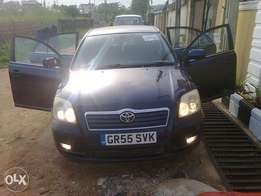 Toyot Avensis