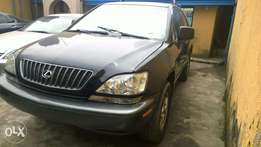 Tokumbo Lexus RX300'00 for sale in Surulere