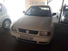 VW Polo Playa 1.6i For Sale