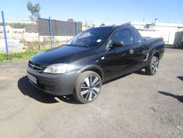2006 Opel Corsa Utility ,black in color,4 doors,91 000 km