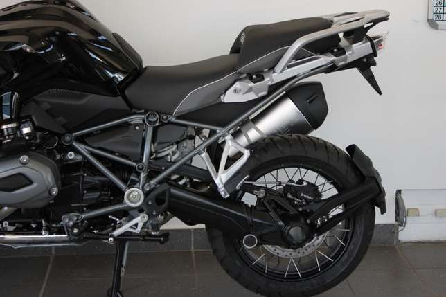 BMW R1200GS LC Triple Black Special Edition (Assistance) Bloemfontein - image 2