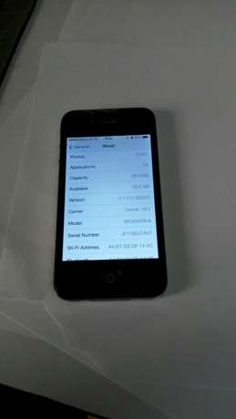 Selling IPhone 4 32gb Nairobi CBD - image 2