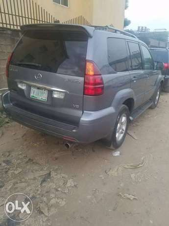 Super clean naija used Lexus Gx470 for 3.2m Ikeja - image 1