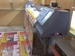 Urgent Sales!!! Clean use Large Format Printer!!!