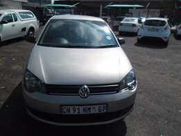 Polo vivo 1.4 model 2013 Model, 5 Doors factory A/C And C/D Player