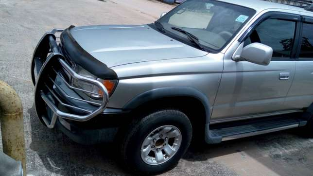 Clean Toyota 4 runner 1999 model for sale. Ethiope East - image 7