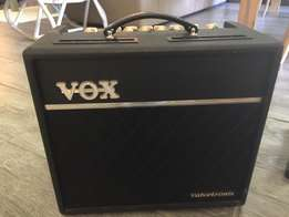 Crafter DE7/N and Vox Amp