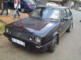 2008 Golf Citisport 1.6i with 102000km