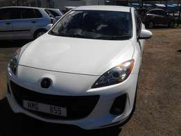 Mazda 3 1.6 Colour White 5 Door Model 2012 Factory A/C & MP3 Player