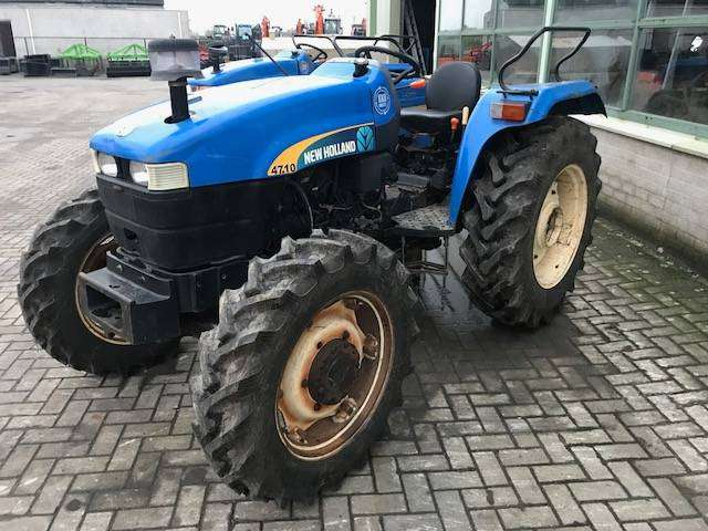 New Holland 4710 4wd - 2015