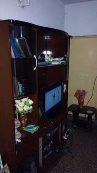 mahogany coloured wall unit | OLX