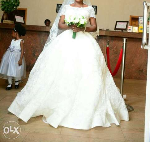 Princess wedding structured gown. Asaba - image 6