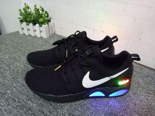 Nike Airmag Rouche run Surulere - image 1