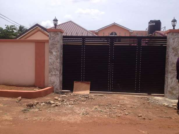 Executive two bedrooms self compound rent East Legon - image 6