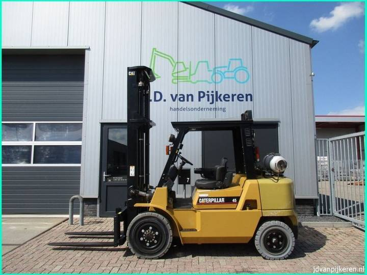 Caterpillar GP45K-2 4t LPG sideshift + 4x hydrauliek! - 2007