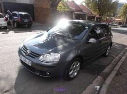 2007 vw golf 5 1.6 grey color 80000km manual R95000