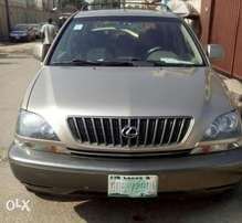 Well maintained 2000 model Lexus RX 300 at give away price