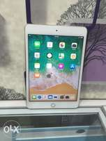 apple iPad mini 4, 16gb wifi only Uk used