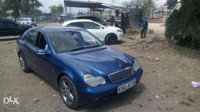 Mercedes Benz C 180 Kompressor ,extremely clean. Buy and drive Embakasi - image 4