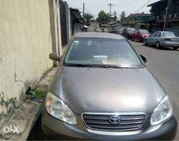 Very neat Toyota corolla 05 going cheap