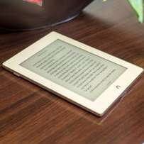 E -READER nook glow light plus water resistance for all ur books