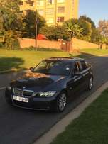 2008 BMW 3 series 320i with sunroof
