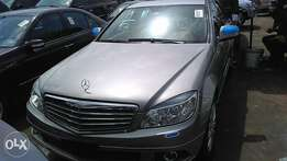 Foreign used Mercedes Benz 09 c300 fuloption tincan cleared
