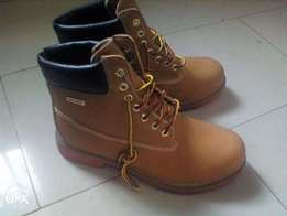 brand new Dexter timberland Men Waterproof Cheyenne Boot. ''42''