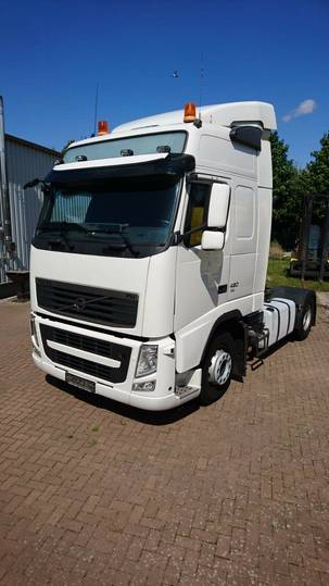 Volvo FH 13 420 Globetrotter - 2012