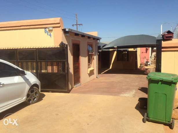 Wow Rooms to Let Soshanguve - image 1