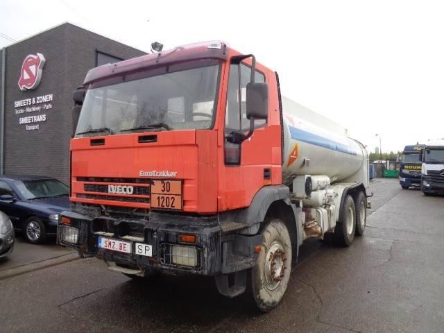 Iveco Eurotrakker 260 E 30 Tank 96000 Km 6x4 2x - 1995