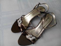 eb5b33c711487 sandały złoto-brązowe damskie NOWE szpilka rozmiar 39