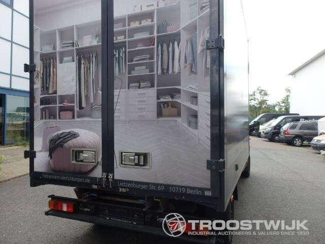Ford Transit 125 - image 18