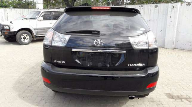 Toyota harrier mettalic black 2010 model Mombasa Island - image 2