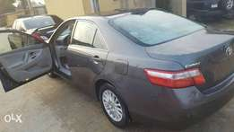 BEST OFFER YET! Discounted 07 Camry LE toks.