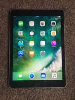 Ipad AIR 2. 16gb. excellent condition