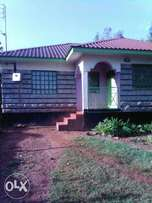 christmas offer, half acre and 3 bedrooms house