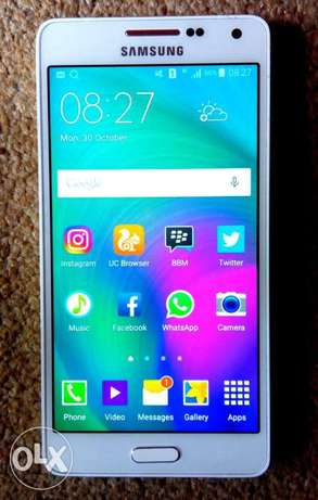Very Clean 3months old Samsung A5 Phone 4 sale Port Harcourt - image 1