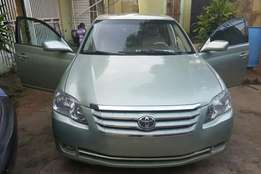 Very clean Foreign used Toyota Avalon, 2006 model.