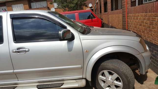 Isuzu kb300 Urgent Sale Germiston - image 5