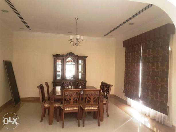 excellent 4 bedroom villa with private poll