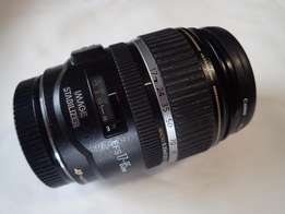 Canon EFS 17-85mm f/4-5.6 USM lens with image stabilizer