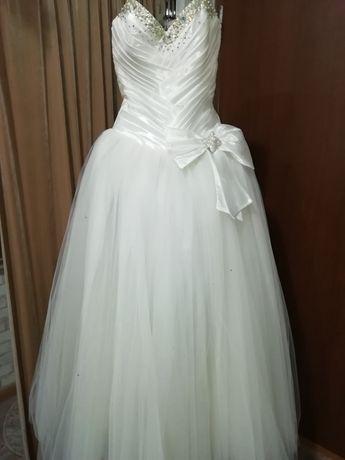 2b0c43ff2814cc Весільне плаття: 4 000 грн. - Весільні сукні Луцьк на Olx