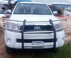 Clean toyota hilux 9.7m negotiable