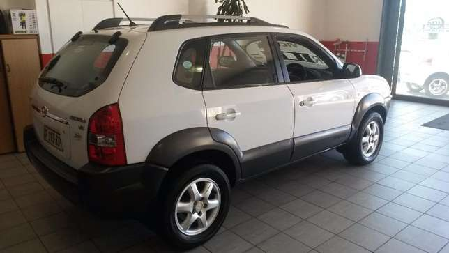 2005 Hyundai Tucson 2.7 V6 Gls A/t for sale in Western Cape Brackenfell - image 5